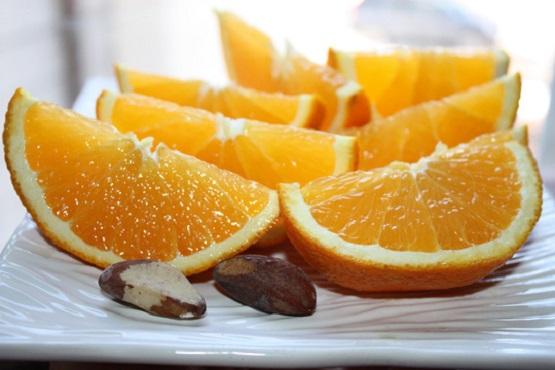 Sai lầm 4 - Cam chứa nhiều Vitamin C tự nhiên nhất? 1