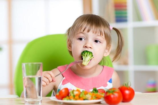 2. Chế độ dinh dưỡng nhiều chất xơ, vitamin 1