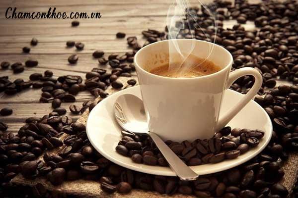 Kiêng uống trà đặc, cà phê, rượu bia, hút thuốc 1