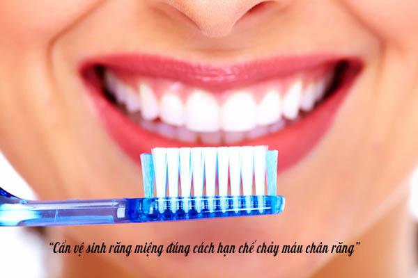 Cần vệ sinh răng miệng đúng cách 1