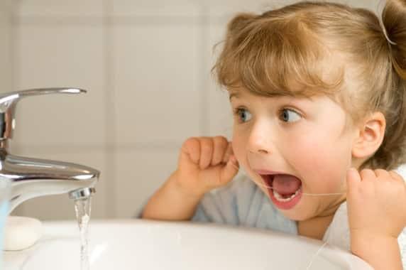 7 cách chữa viêm lợi chảy máu chân răng chớ bỏ qua 1
