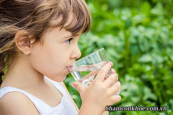 Bổ sung đủ nước 1