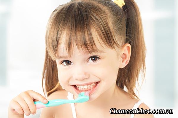 Vệ sinh răng miệng cho trẻ 1